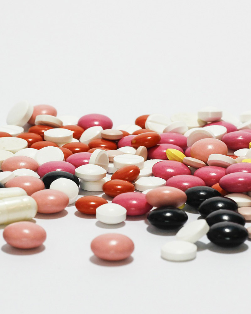 Poradenstvo a servis pri registrácií liečiv, zdravotníckych pomôcok, výživových doplnkov a kozmetiky